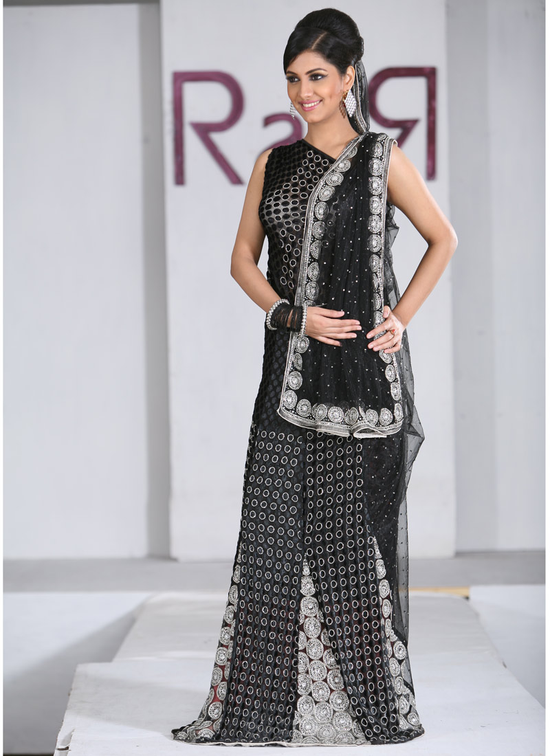 Women fashion saree cream cotton saree  saris lenghas anarkalis  pinterest  photos