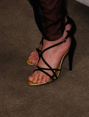 CelebrityGala: Ali Larter Feet and Legs - Bares her bony