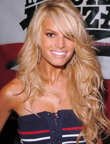 jessica simpson wedding hairstyle. Jessica Simpson Stylish Blonde