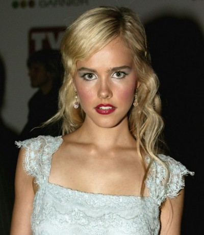 Site Blogspot  Free Hairstyle on Beauty Hair Now  Isabel Lucas Hairstyles