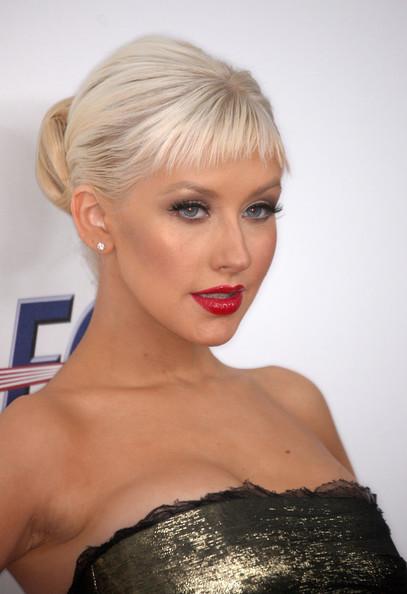 Christina Aguilera Trendy Long Layered Hairstyles