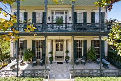 nicolas cage new orleans mansion celebrity houses. Black Bedroom Furniture Sets. Home Design Ideas