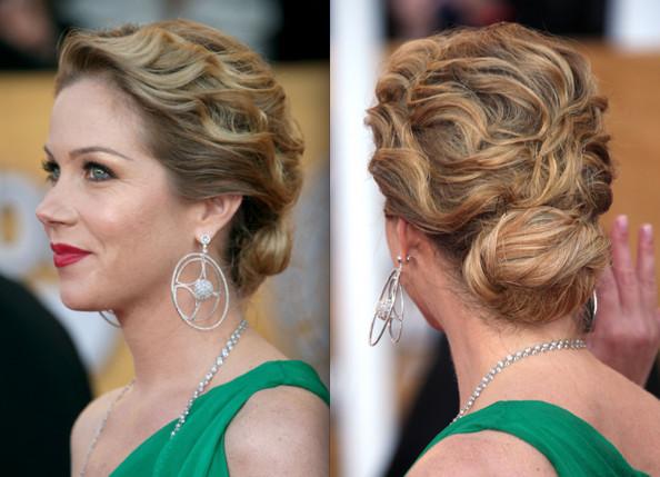 miley cyrus hair updo. house Taylor Swift Wavy Updo