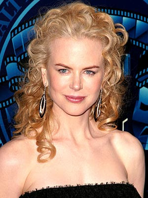 Hairstyle Performance: Nicole Kidman Curly Hairstyle