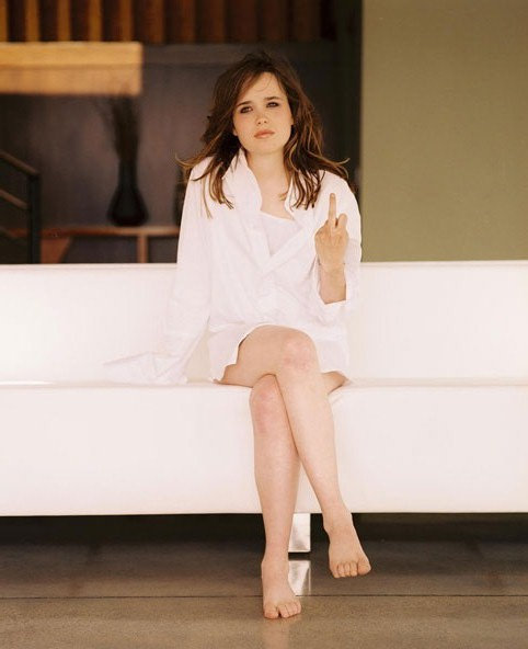 Hollywood Star Feet: Ellen Page Feet