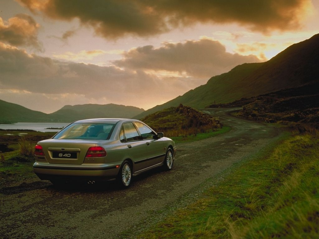wallpapers for desktop background. Volvo S40 desktop wallpaper