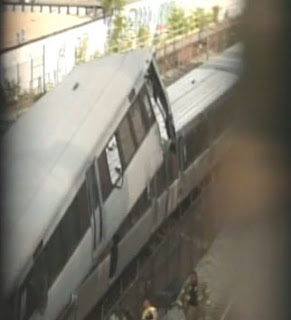 Washington DC Metro train collision accident photos and videos