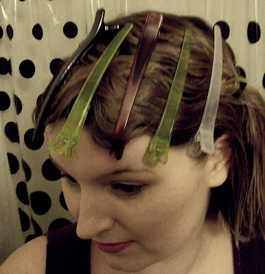 1920s flapper easy finger waves hair tutorial via va-voom vintage