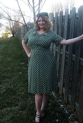 1940s green polka dot rayon pin up dress via va-voom vintage