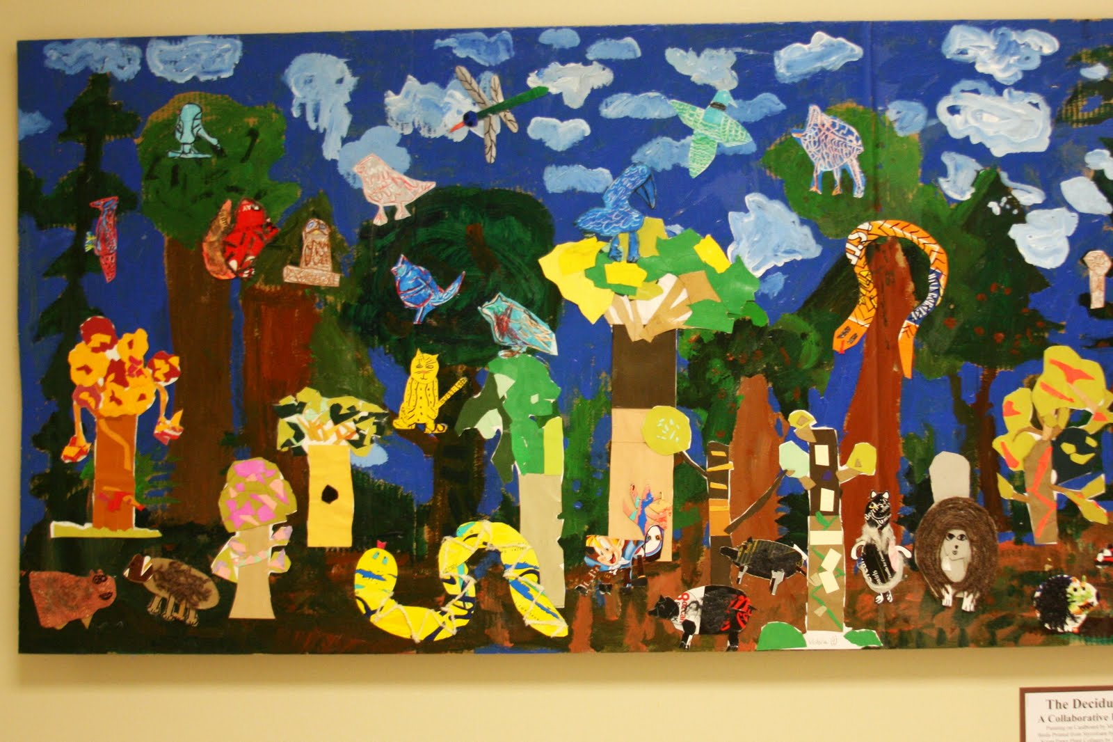 Briargrove elementary art page the deciduous forest a for Elementary school mural ideas