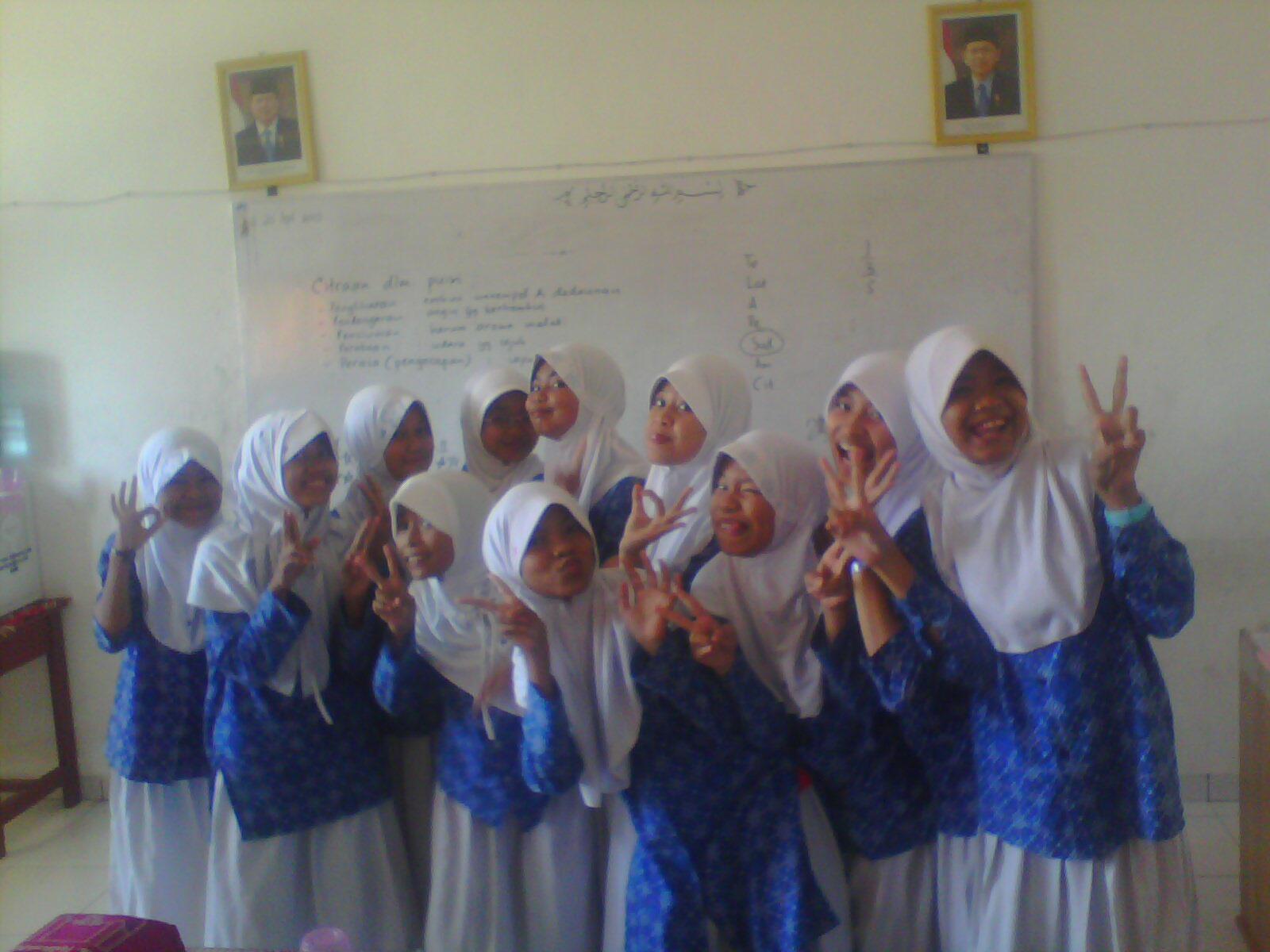 Materi Pelajaran Bahasa Dan Sastra Indonesia Kelas Viii Smp Share The Knownledge