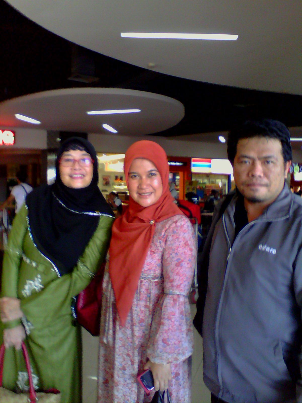 Bertemu artis Cici Tegal di Bandara Sukarn o-Hatta Jakarta