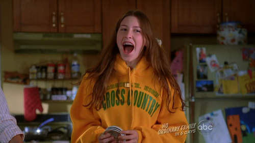 eden sher as sue sue heck socially awkward early teen middle daughter