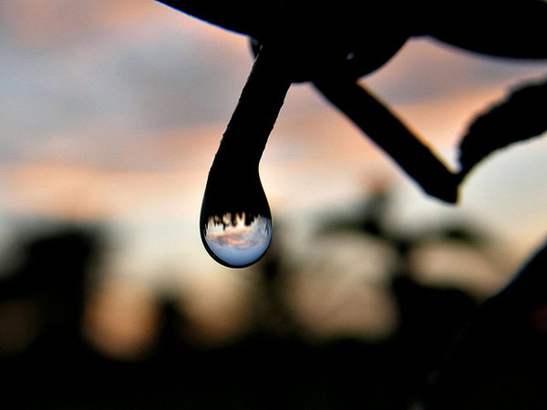 Drop silhoutte photography