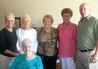 Susan, Phyllis, Mom, me, Shirley, David
