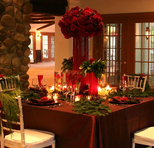 http://2.bp.blogspot.com/_bY942d0nWFI/TRMsjTSODtI/AAAAAAAAAIg/SORCx_zDNx0/s640/christmas-table2.jpg
