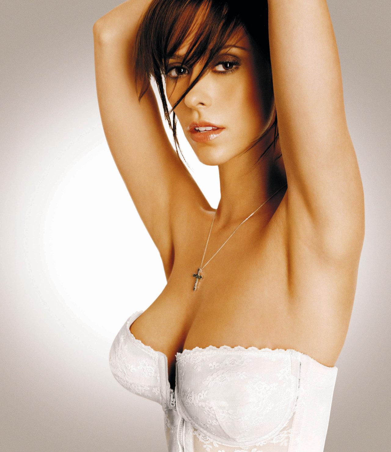 http://2.bp.blogspot.com/_bYDjoAag6ok/TTUnSSsbgSI/AAAAAAAAC-k/0wyeIuVidoA/s1600/Jennifer+Love+Hewitt+20.jpg