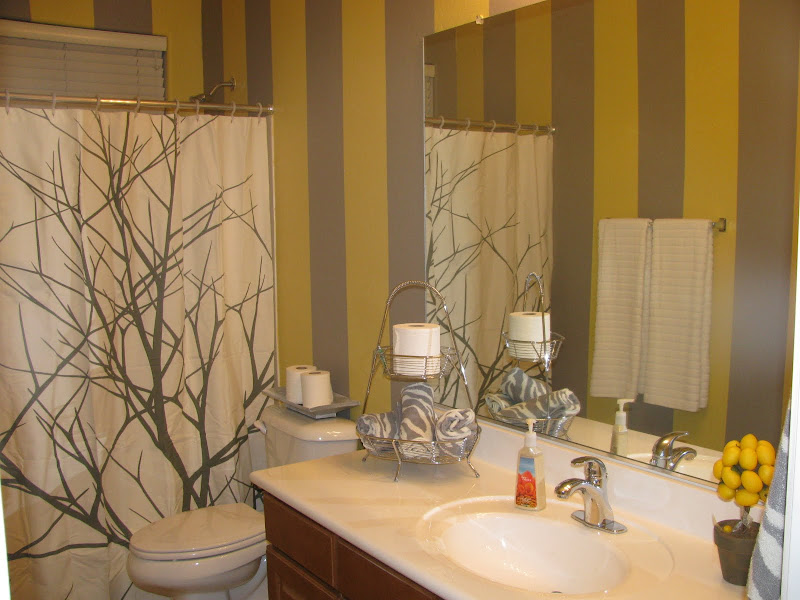 Paint: Benjamin Moore, Ashley Grey. Behr, Wild Bamboo title=