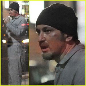 New photos of Gerard Butler shooting in Philadelphia