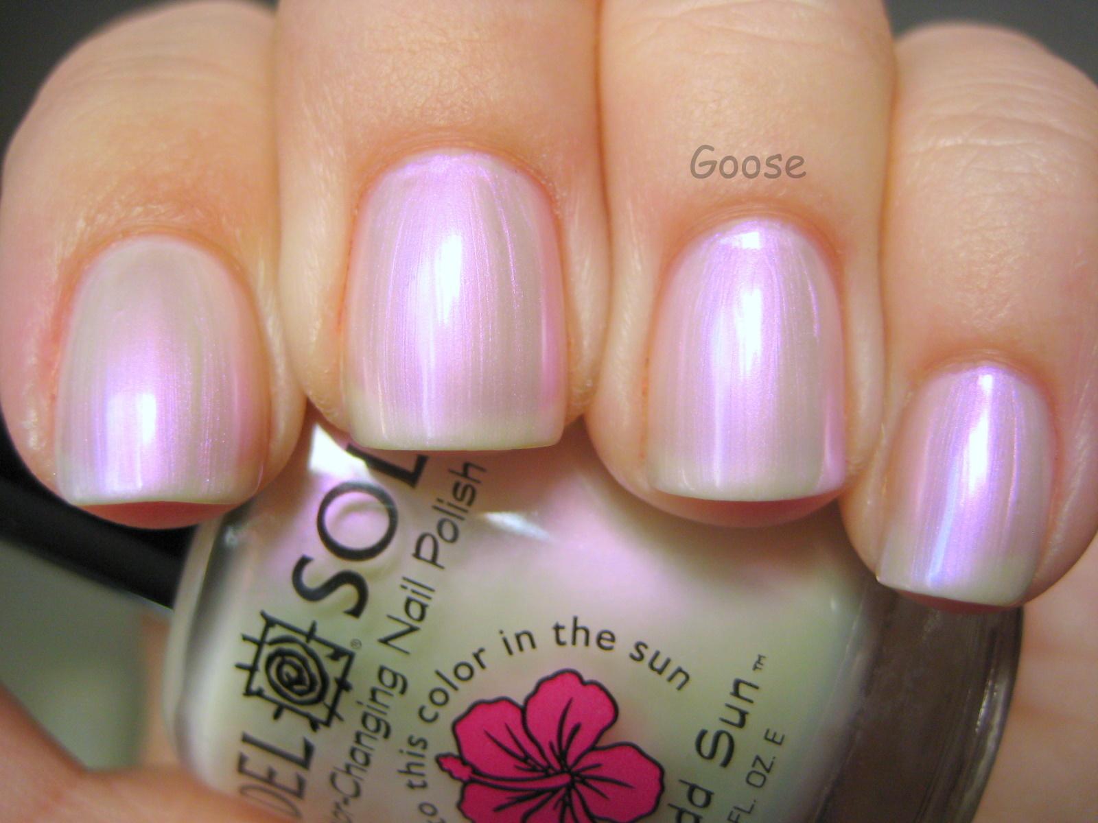 Goose\'s Glitter: Some fun Valentine\'s Day colors from Del Sol