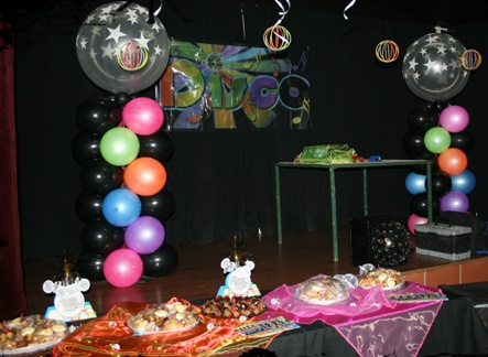 Super celebrations disco party for 70 s decoration ideas