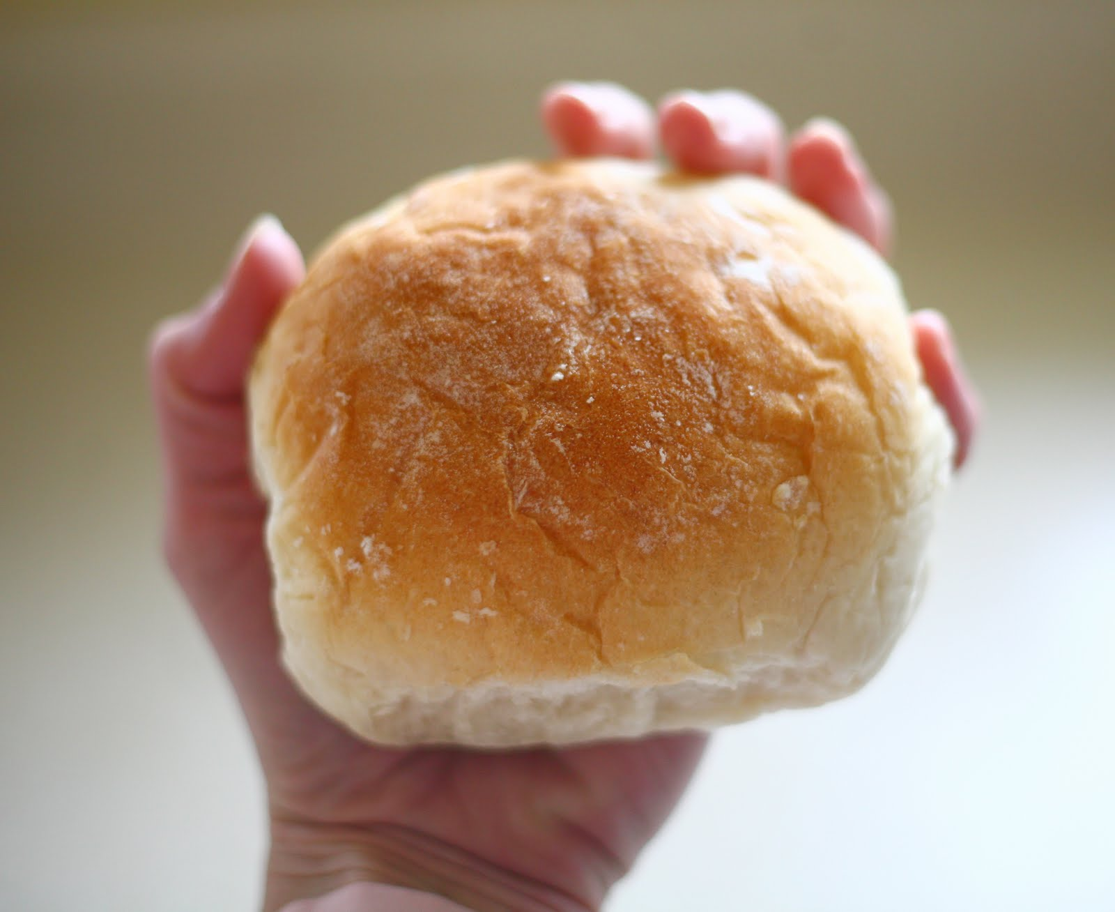 This post is about big, beautiful hamburger buns.