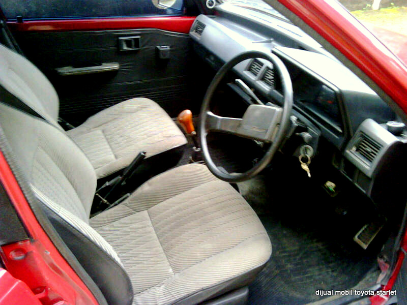 mobil dijual dijual mobil toyota starlet toyota starlet 1 3 e tahun