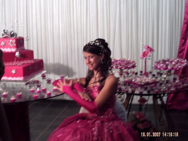Debutante inesquecível! LARISSA !!!!