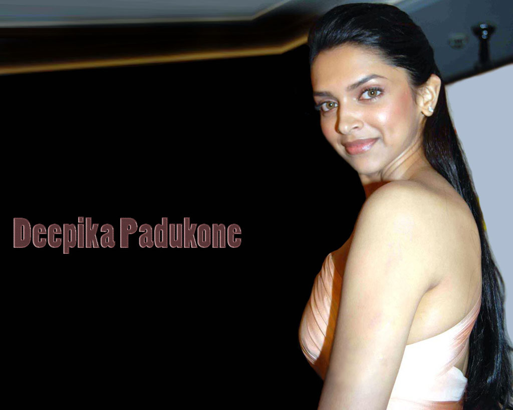 Deepika Padukone - Wallpaper Hot