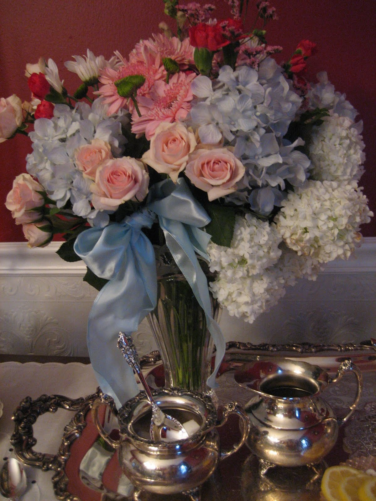 Sam's Club Fresh Flowers http://lebeaupaonvictorien.blogspot.com/2010/05/tea-on-sideboard-queenly-tea.html