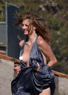 Mischa Barton nipple slip