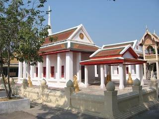 Wat Mani Chon Lakhan