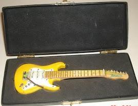 Guitarra na caixa