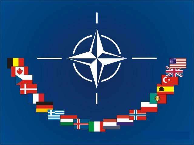 Otan assume comando de zona de exclusão aérea na Líbia