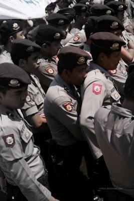 Polisi Indonesia Maho