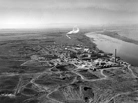 [Image: Hanford-reservation-nuclear-radioactive-leak.jpg]