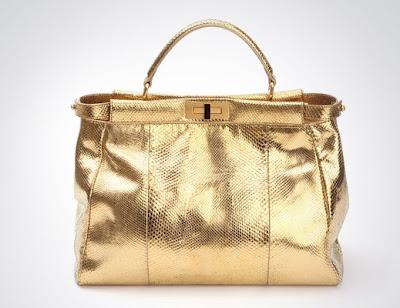 http://2.bp.blogspot.com/_bjwCE7kGZyQ/S4cS5SMvmwI/AAAAAAAABTc/-6d_d0xABMM/s400/fendi+trevi+fountain+peekaboo+bag+24+carat+gold+%2436k.jpg