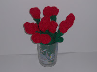 Free Crochet Long Stem Rose Pattern : RSISLANDCRAFTS: Crocheted Long Stem Roses- - - free pattern