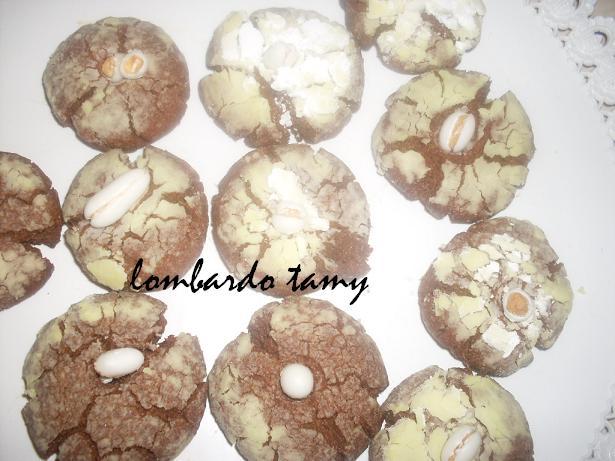 ghrieba au cacao  et noix en poudre  (teste) SDC16953