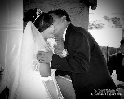 wedding pictures of Bonickly & Sheena-click to view
