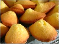 http://beppedeleonardis.blogspot.it/2011/07/fenomenologia-di-un-biscotto.html