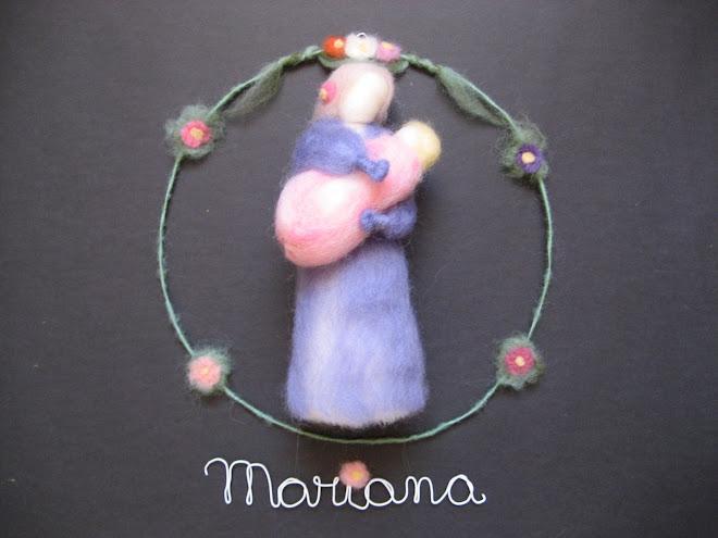 Decoração para Porta de Maternidade ou parede, em lã cardada.