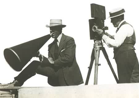 the filming techiques used by d w griffith He used techniques such as fade-in and the fade-out to create one of the  expanding his experimentation to 3-d  birth of a nation by dw griffith.