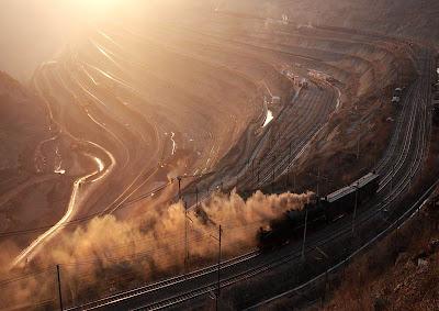 World�s Largest Artificial Pit -West Open Pit of Fushun Coal Mine