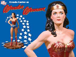 Linda Carter en figura de DC