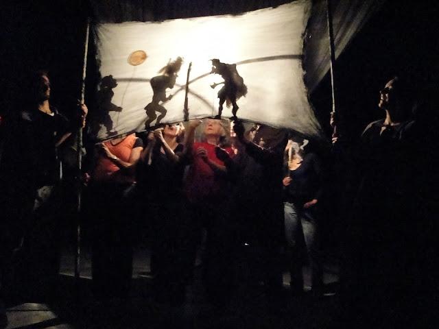 Théâtre d'ombres avec Giocco Vita au Festival International de la Marionnette au Saguenay2010