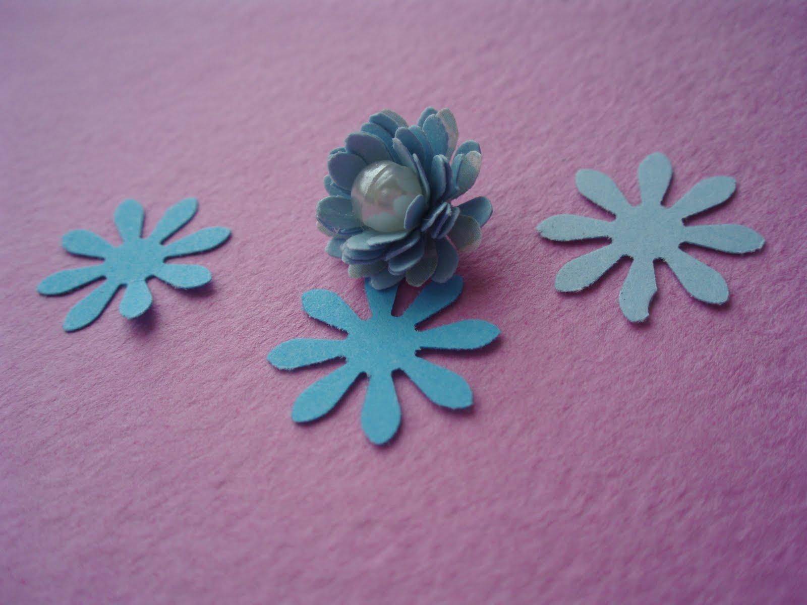 Маленькие цветочки свои руками 68