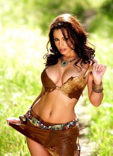 celebrity sexy show desi babe aria giovanni sexiest