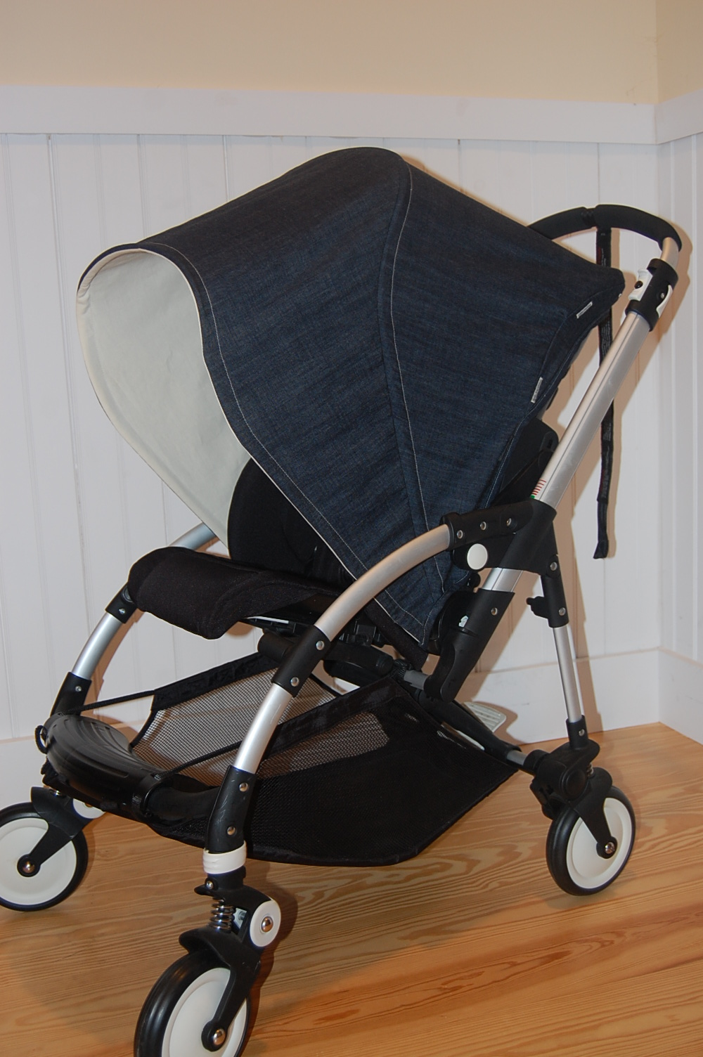 ... canopy to be lined in an ivory cotton canvas and also asked for the stitching to be ivory. As you can see from the image this set turned out excellent. & Maine Baby Treats - Custom Bugaboo Stroller Covers: Denim Bugaboo ...
