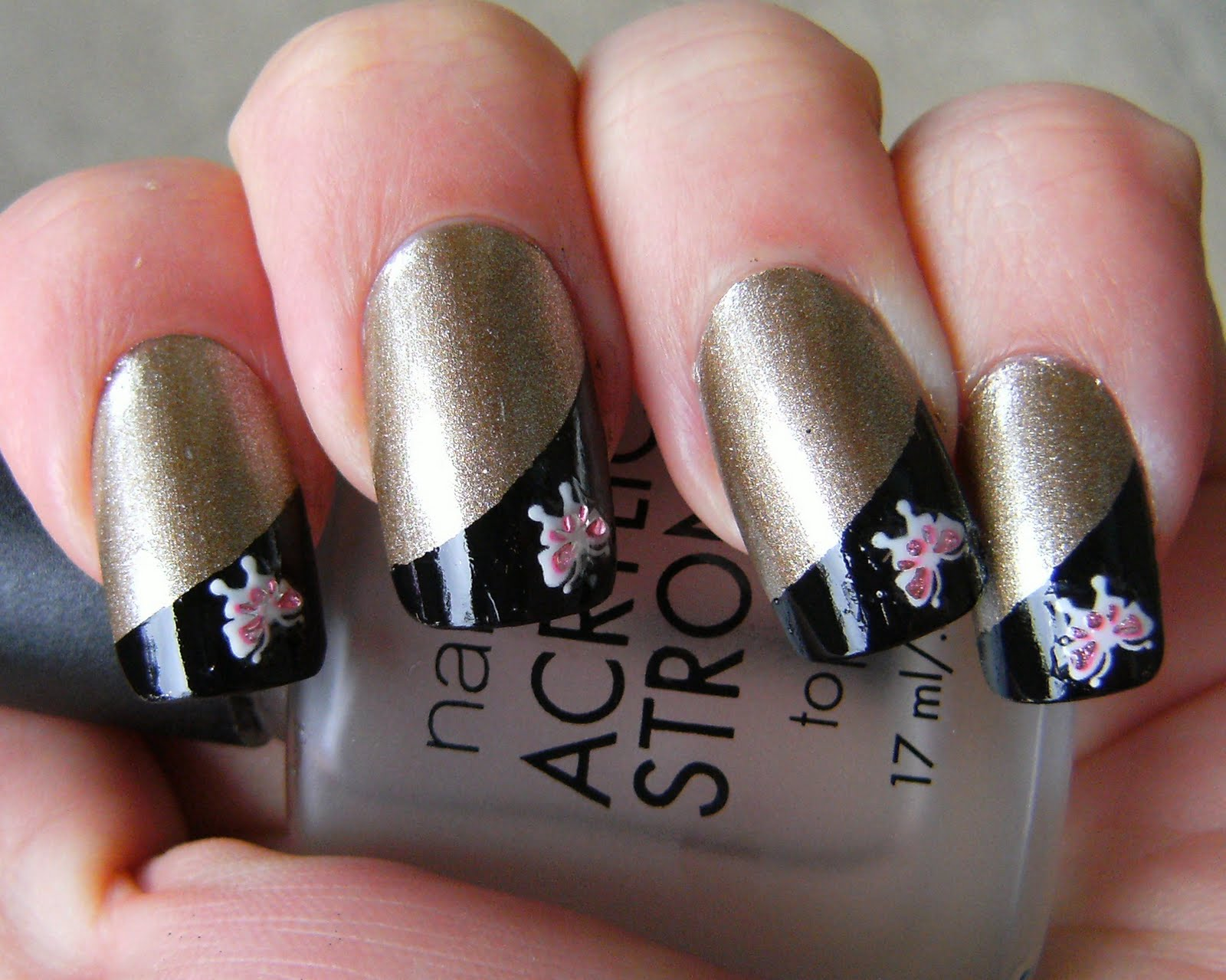 Deez Nailz: Claire\'s - \'14 Karats\' with Nailene Black French Tip Pen ...